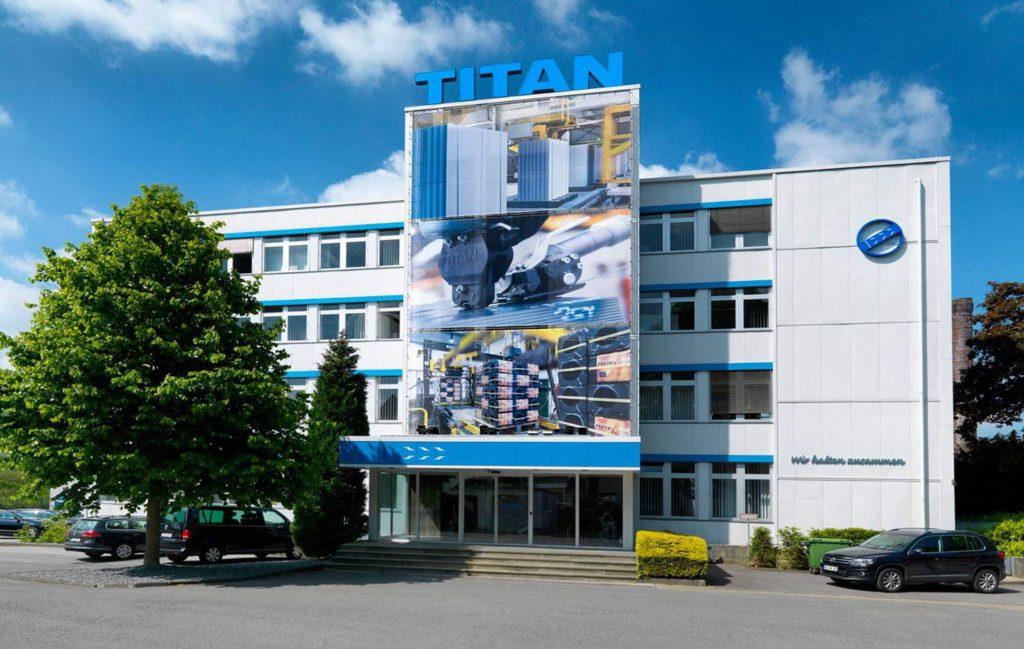 О компании TITAN Umbeirfungstechnik